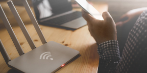 How does a vpn router work